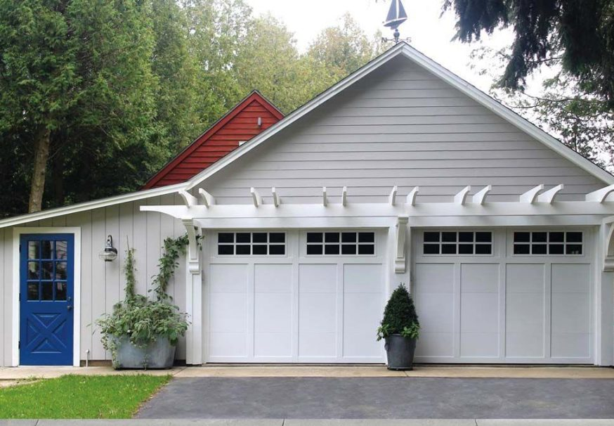 Grand Harbor® garage doors